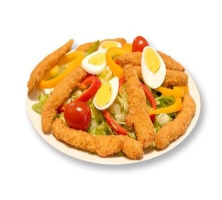 Salatplatte mit Hühnerstreifen