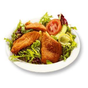 Steirischer Backhendl Salat mit Kernöl